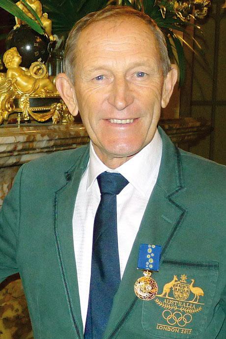 Старший тренер сборной Австралии Виктор Коваленко